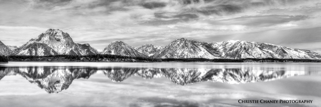 Ice Lake Monochrome